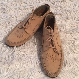Hush Puppies Moccasin Style Shoe